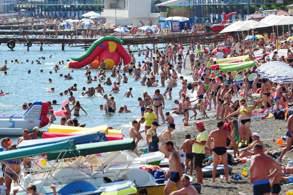 Заболеваемость коронавирусом в Крыму за неделю выросла еще на 11%