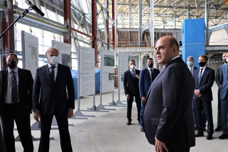 Глава правительства РФ заслушал информацию о создании авиакомпании, накануне совершившей свой первый региональный рейс