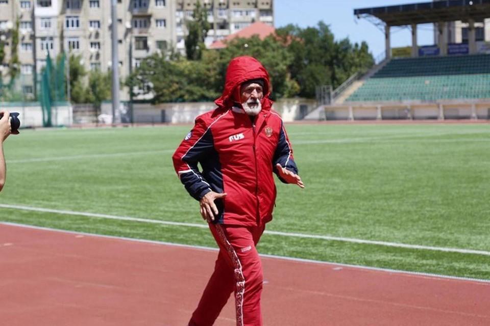 Багама Айгубов установил еще один рекорд и попал в книгу рекордов Гиннесса. Фото: пресс-служба министерства спорта Дагестана