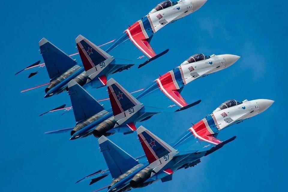 Элитная пилотажная группа «Русские витязи» поднимутся в небо Югры Фото: Официальная страница ХМАО — Югры