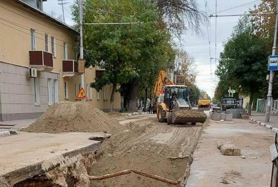 Разрытие рядом с перекрестком Новая-Циолковского транспорт объезжает с середины лета