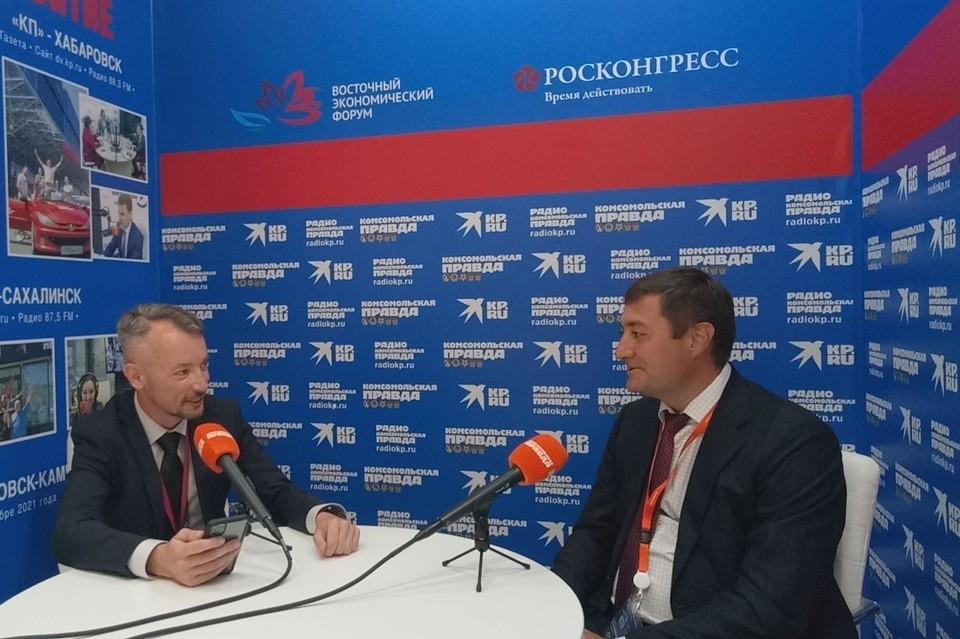 Максим Костин в Открытой студии «Комсомольской правды» на ВЭФ