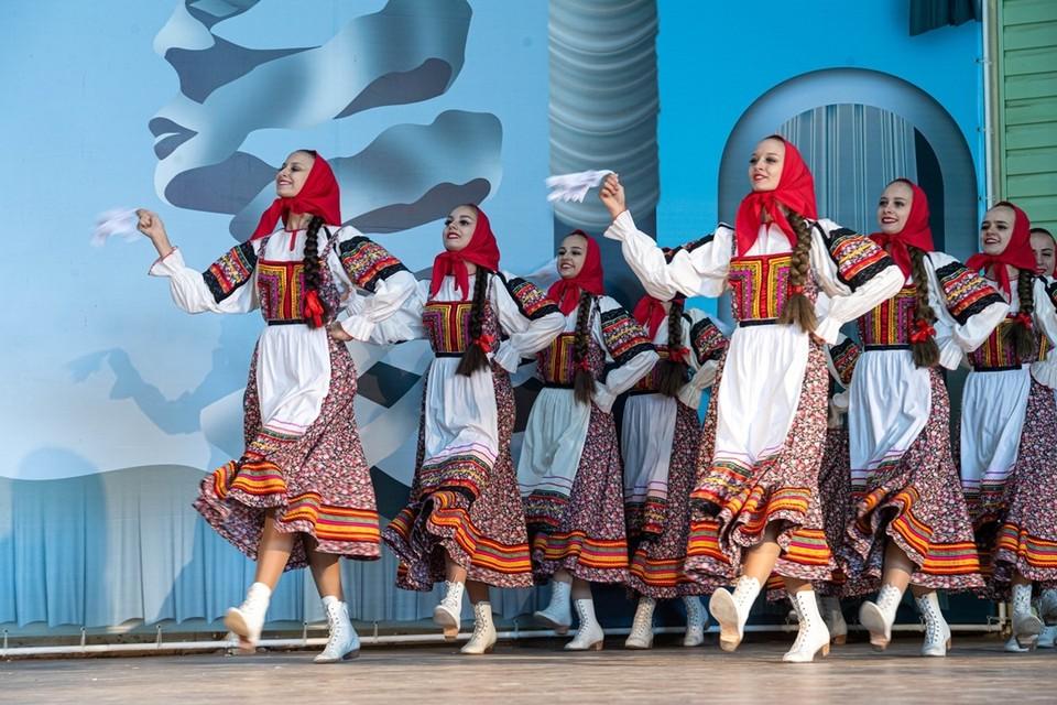 В честь Дня города в Ростове организовали несколько концертов.