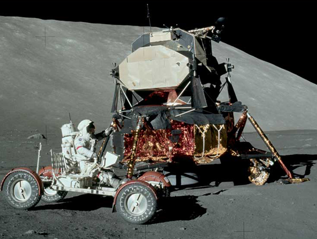 "Американский луноход экспедиции ""Аполлон-17"" - ездит по серой Луне"
